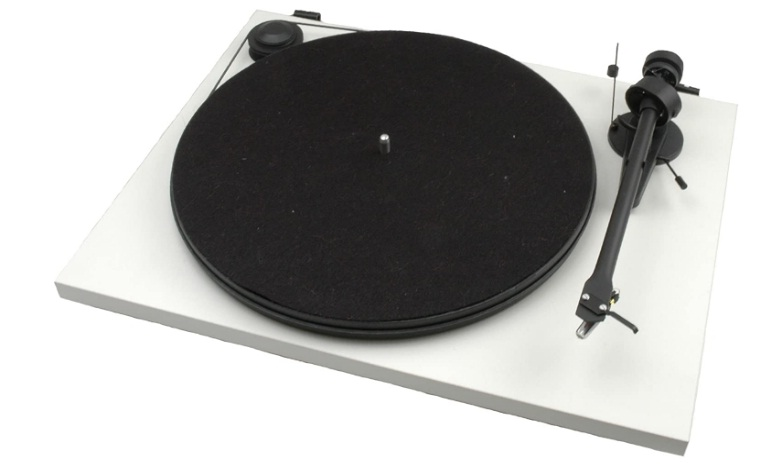 Project Essentail II Turntable - Matte White