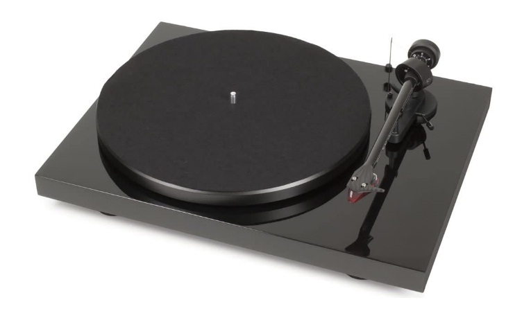pro-ject-debut-carbon-dc-turntable-review