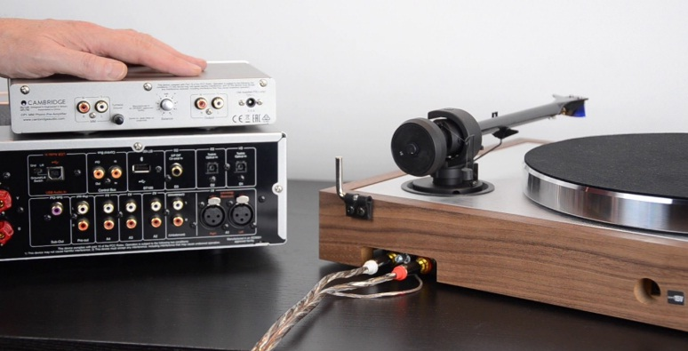 does my turntable need a preamp